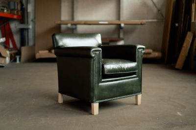 Leder Lounge Sessel in der Farbe British Green